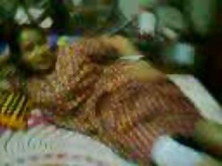 ডিজে তরুণ অভিনেতা দেশী হিন্দি গুজরাটি সেক্সি ভিডিও তাকে আমন্ত্রণ জানিয়েছে.